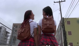 lesbisk milf tenåring rett hd babe moden