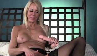 blonde hardcore store pupper pornostjerne strømper leketøy moden