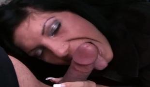 amatør tenåring naturlige pupper puppene brunette deepthroat blowjob onani fanget sædsprut