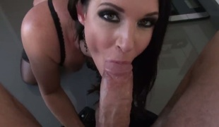 Rocco Siffredi cant expect any more to put his man meat in extremely hawt India Summers mouth