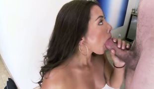 brunette stor rumpe hardcore deepthroat pornostjerne blowjob sædsprut facial ass asiatisk
