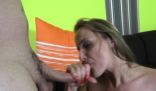 brunette blonde hardcore blowjob onani sædsprut fingring små pupper casting