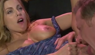 Well shaped blond mommy Brittany Amber got her fanny tickled and licked properly