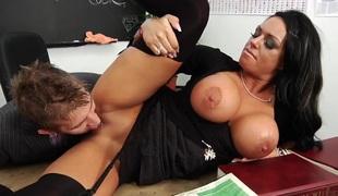 tenåring brunette anal hardcore store pupper brite hd femdom rett