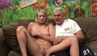 naturlige pupper rumpehull blonde hardcore slikking pornostjerne sædsprut facial leketøy fitte
