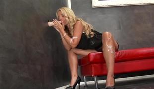 blonde pornostjerne onani sædsprut leketøy hårete fetish gloryhole