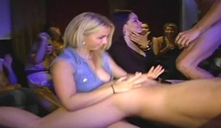 Whipped cream spices up a strip show with engulfing and fucking action