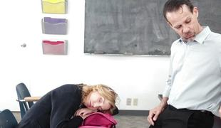 blonde blowjob sædsprut facial ridning fitte slikking cowgirl student