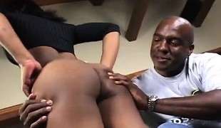Gorgeous ebony babe disrobes off her garments and fucks a large darksome stick