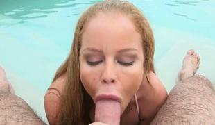 tenåring blonde stor rumpe hardcore milf deepthroat pornostjerne blowjob facial ass