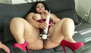 Lecherous dark brown BBW Karla Lane pleases herself with sex toys