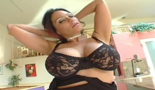 Breasty cougar with a dirty mind spreads legs for the cock once afresh