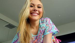 blonde langt hår onani kjæresten leketøy