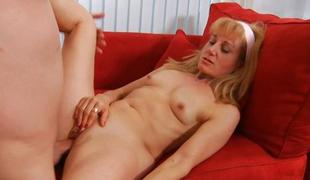 Older takes it deep in her slit to receive big O