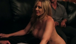 Rocco Reed receives pleasure from fucking Asian Julia Ann with kewl ass and trimmed twat
