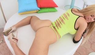 synspunkt rumpehull anal blonde langt hår hardcore lingerie leketøy fitte par