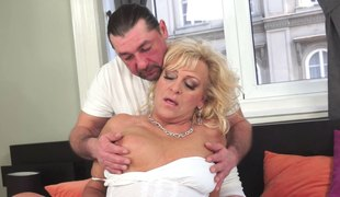 Horny Blonde Grandma Gets a Cockload with a service man