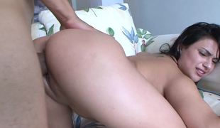 Latin babe bitch gets her vaginal slit penetrated in a wild way
