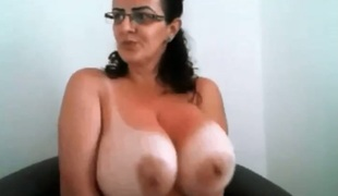 A bit of corpulent hot ladies and their breathtaking large boobies flashed on webcam
