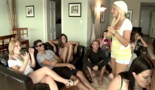 amatør tenåring naturlige pupper anal blonde hardcore lesbisk blowjob fanget sædsprut