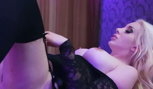 Jaw-dropping MILF having passionate orall-service in charming sex movie