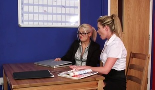 Slaver CFNM babes sucking and tugging in office