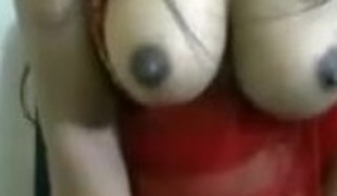 Desi babe on webcam n talking filthy in hindi