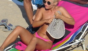 Pink Bikini Dilettante Topless Voyeur Beach Girls